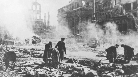 Hilfskommandos-in-Dresden-1945